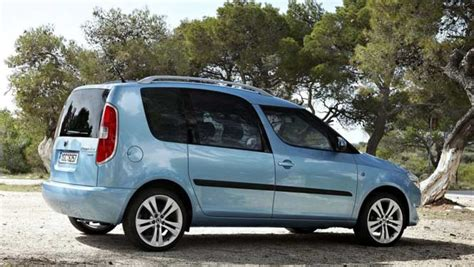 skoda roomster problems skoda roomster review car reviews carsguide