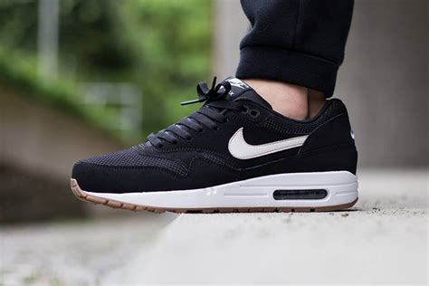 Nike Air Max One Black nike air max 1 essential black light bone white hypebeast