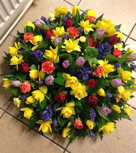 fiori per composizioni composizioni floreali idee colorate e profumate per