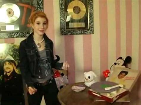hayley williams house does hayley have a mj michael jackson record at her house the hayley williams