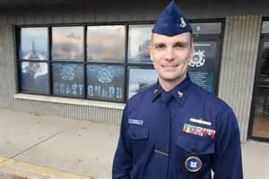 atlantic city s recruiter in charge 171 coast guard mid atlantic
