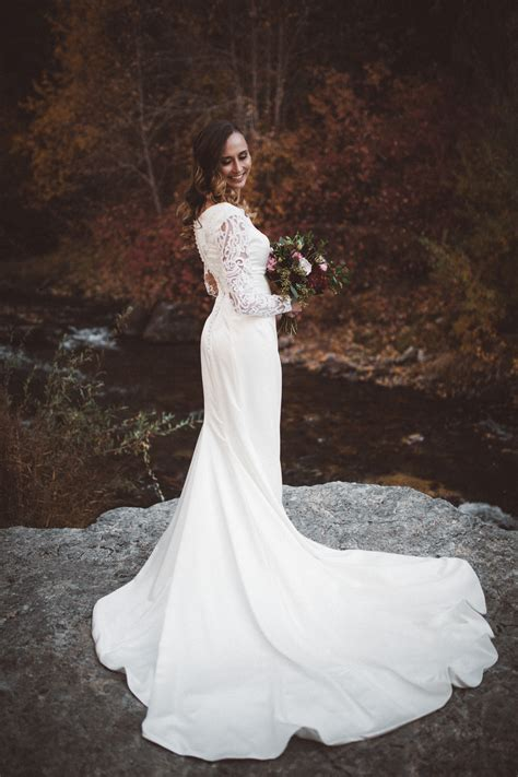 Modest Wedding Dresses   Lace Prom Formal Gowns   Plus