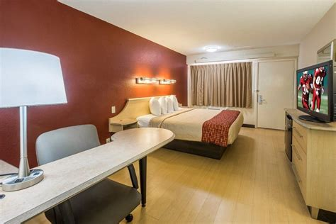 room jacksonville roof inn jacksonville airport 2017 room prices deals reviews expedia