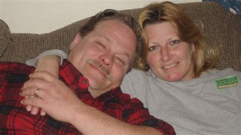 las vegas man finds wife dead    attacked