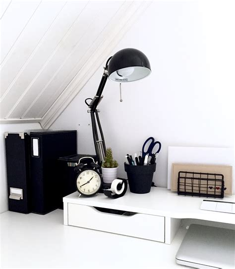 ikea arbeitszimmer inspiration minimalist black and white workspace ikea alex desk