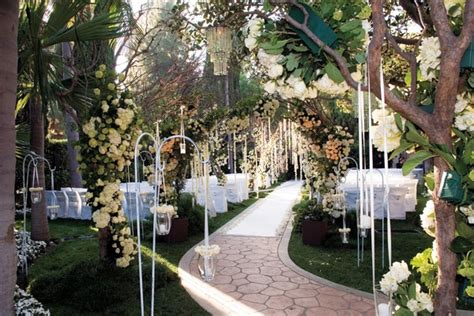 Garden Accents San Martin Ethereal Wedding At The Beverly Hotel