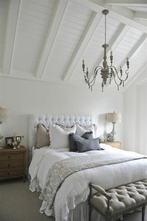 tete de lit capitonn礬e les meilleures variantes de lit capitonn 233 dans 43 images