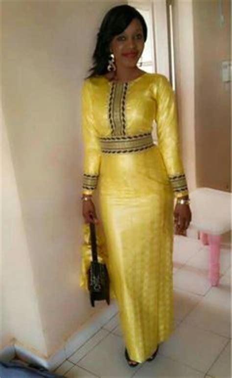 mode africaine un joli model de pagne wax leuk sngal modele de robe en pagne uniwax 187 pagne africain mod 232 les