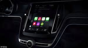 carplay for android android auto and apple carplay battle to take your car daily mail