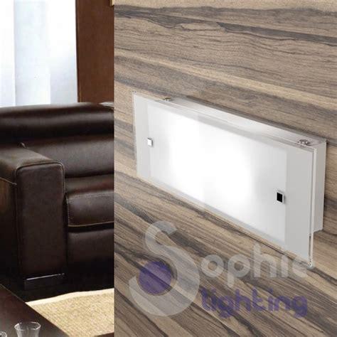 applique bagno moderne applique lada muro lunga 42 cm moderna vetro bianco