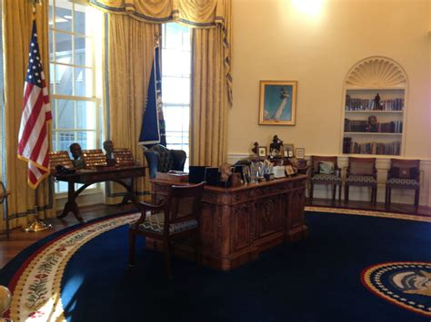 inside the oval office white house inside oval office www imgkid com the