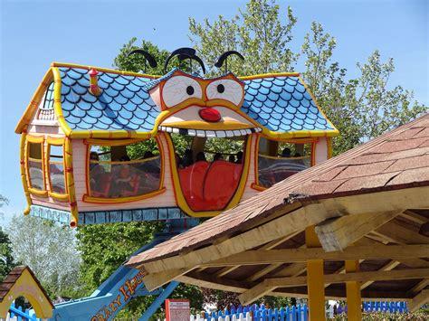 crazy houses mirabilandia crazy house