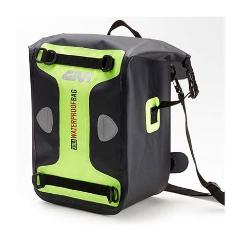 Mc S2 Bag Waterproof Bag 20l givi wp406 20l waterproof tank bag revzilla