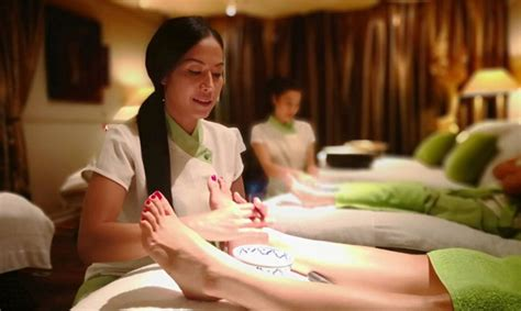 popular massage pijat panggilan surabaya  jam terapis