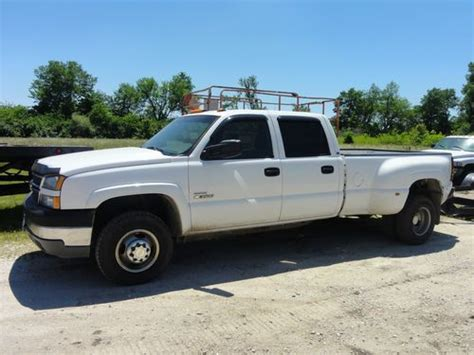 how does cars work 2005 chevrolet silverado 3500 parental controls sell used 2005 chevy silverado 3500 diesel dually crew cab in jacksonville illinois united