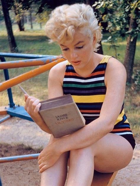 marilyn picture book what was on marilyn s reading list galleycat