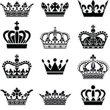 little king tattoo designs best 25 crown ideas on crown
