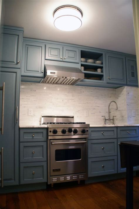 colonial kitchen cabinets modern colonial kitchen kitchens pinterest