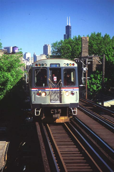 Delightful My Kind Of Christmas #1: Chicago-transit-authority-el-train-credit-city-of-chicago_peter-j-schulz.jpg