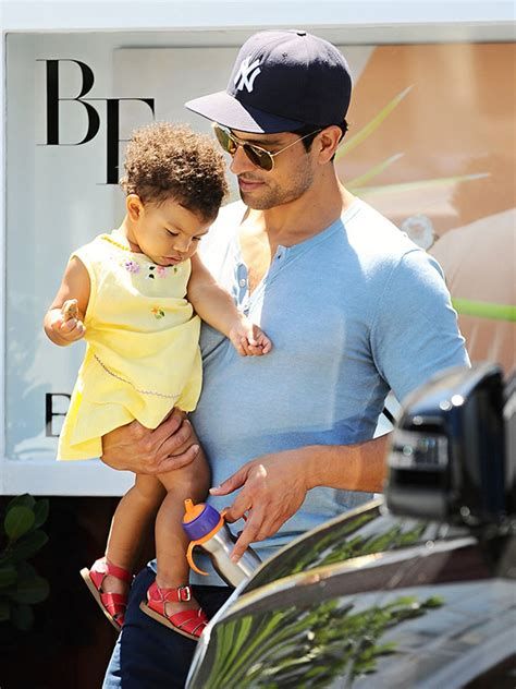 Chappaqua New York adam rodriguez baby 2 on the way for the magic mike