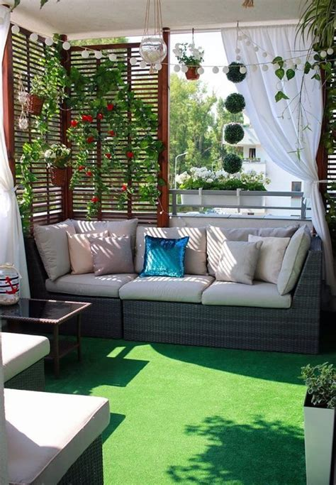 stylish horizontal fence ideas     copy