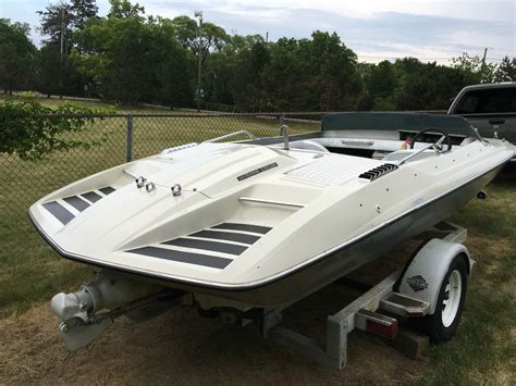 glastron boats carlson glastron carlson cvx 20 1977 for sale for 500 boats