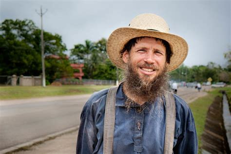 Amish Beard Trend: Top 15 Styles for A Dependable Look