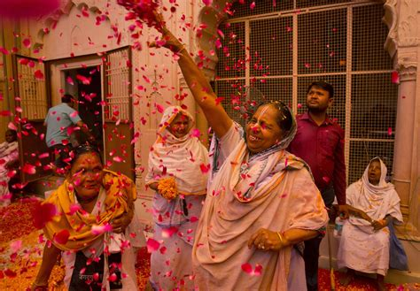 indian hindu widows celebrate holi