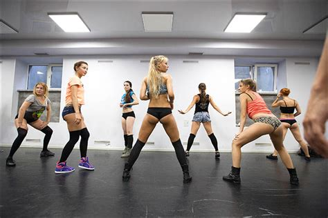 little russian girl twerk beyonce s choreographer danielle polanco checks out