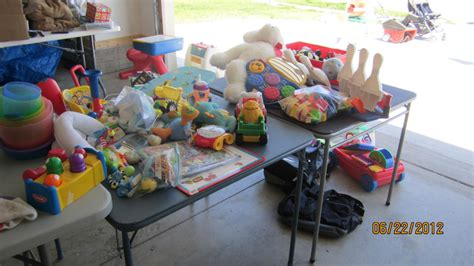 Garage Sales In Des Moines by Garage Sale Tips And Donating The Leftovers