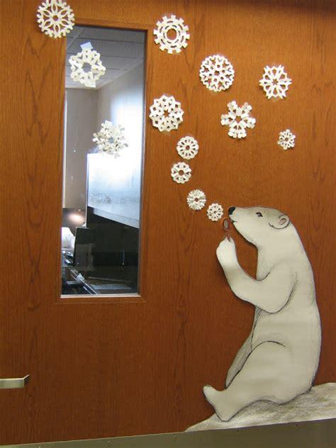 winter door decorating ideas winter door decorations