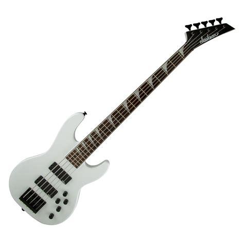 Gitar Jackson Vliying V 4 jackson cbxnt v bas guitar snehvide hos gear4music
