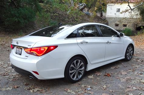 Hyundai Sontat 2014 Hyundai Sonata Reviews And Rating Motor Trend