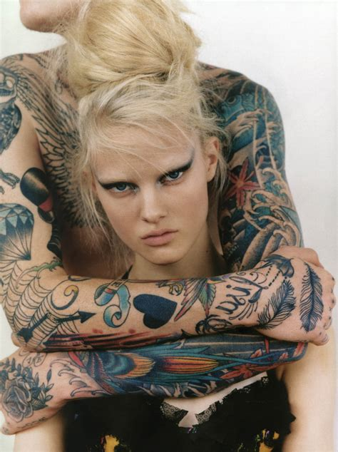 sexy tattooed girl cool
