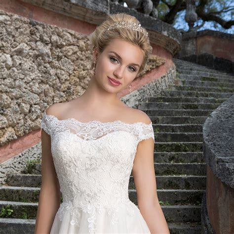 Bridesmaid Dresses For Small Bust - wedding dresses brides
