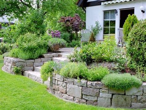 gartengestaltung kleingarten garten idee mit hang garten idee mit hang beste garten