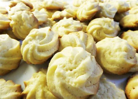 spritz cookies recipe dishmaps