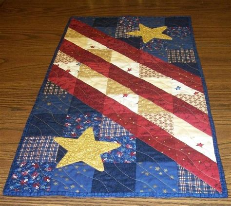 leaf pattern table runner patriotic table runner love this quilting