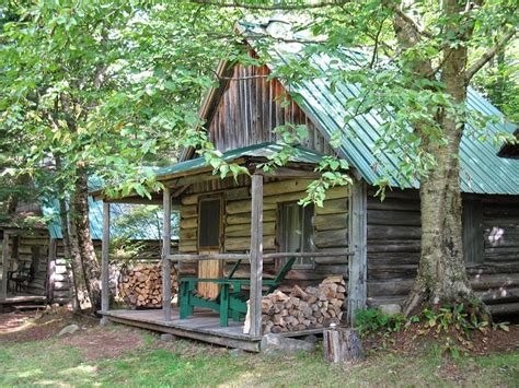 Living In A Cabin In The Woods by Offgrid March 2015