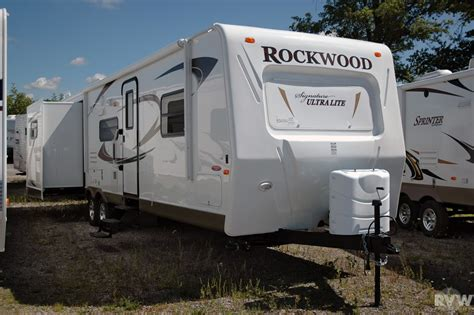 rockwood ultra lite travel trailer by forest river 2011 forest river rockwood signature ultra lite 8313ss