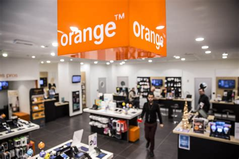 orange telecom orange abandons bid to buy bouygues phone unit as talks
