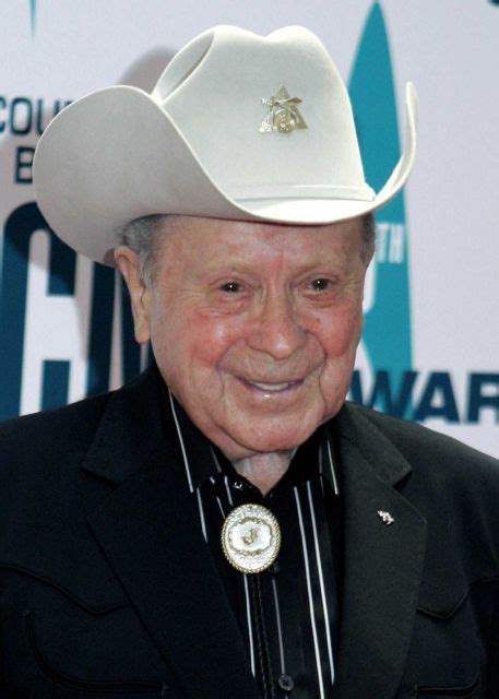 name of male country singer who died april 2016 country music singers who have died since 1989 newsday