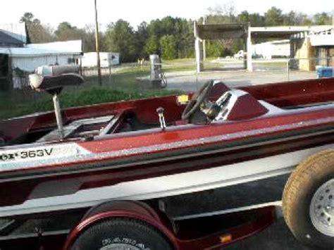 ranger bass boat paint painting ranger boat 003 avi youtube