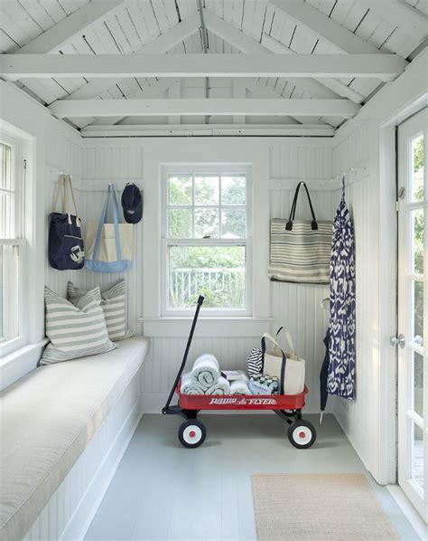 renovated hamptons shingle cottage home bunch interior