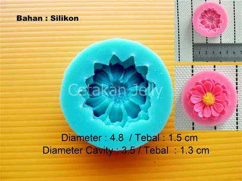 Cetakan Coklat Silikon Bunga Tipis Kancing Fondant cetakan fondant chrysant 1 cav cetakan jelly cetakan jelly