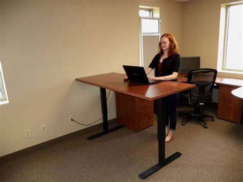 Stand Up Desks Desq We Create Space Minnesota Stand Up Desk Options