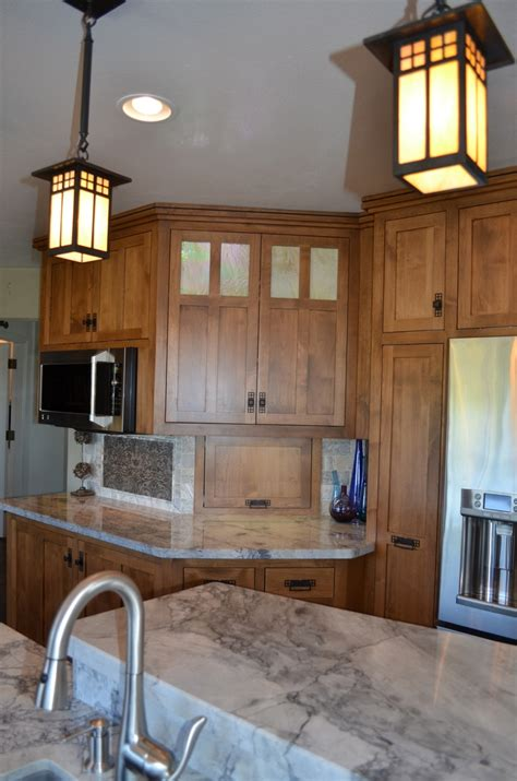 craftsman kitchen lighting 25 best ideas about craftsman pendant lighting on