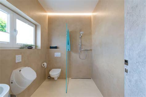 Badezimmer Fliesen Fugenlos by Badezimmer Dusche Ohne Fliesen Slagerijstok