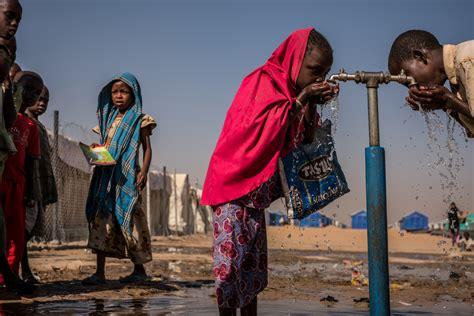 A World Of Candids Nation 27 by 3月22日は 世界水の日 2040年 子ども6億人が水不足に ユニセフ 報告書発表