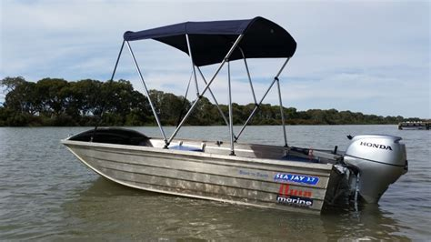 tinny boat tinny for hire freedom boat hire